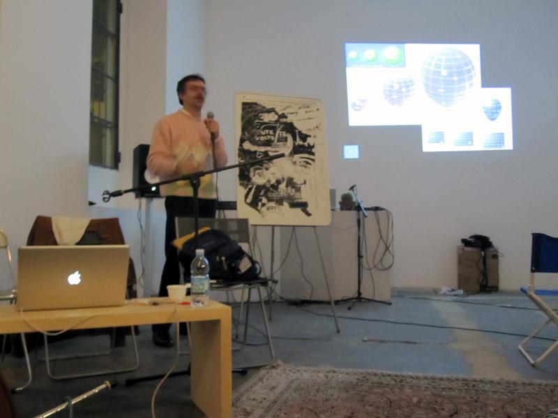 LucaValenziano-conferenza