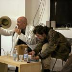 Stringhe stringate stringenti e bosoni dirompenti / Antonio Caronia