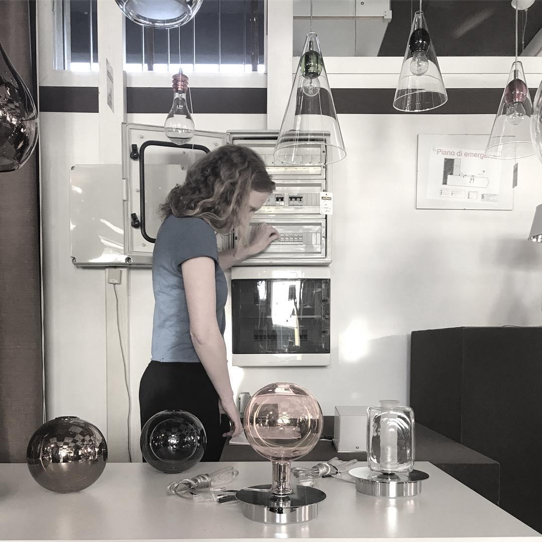 Talking to the universe. Lamporama – Sophie Usunier (artista)