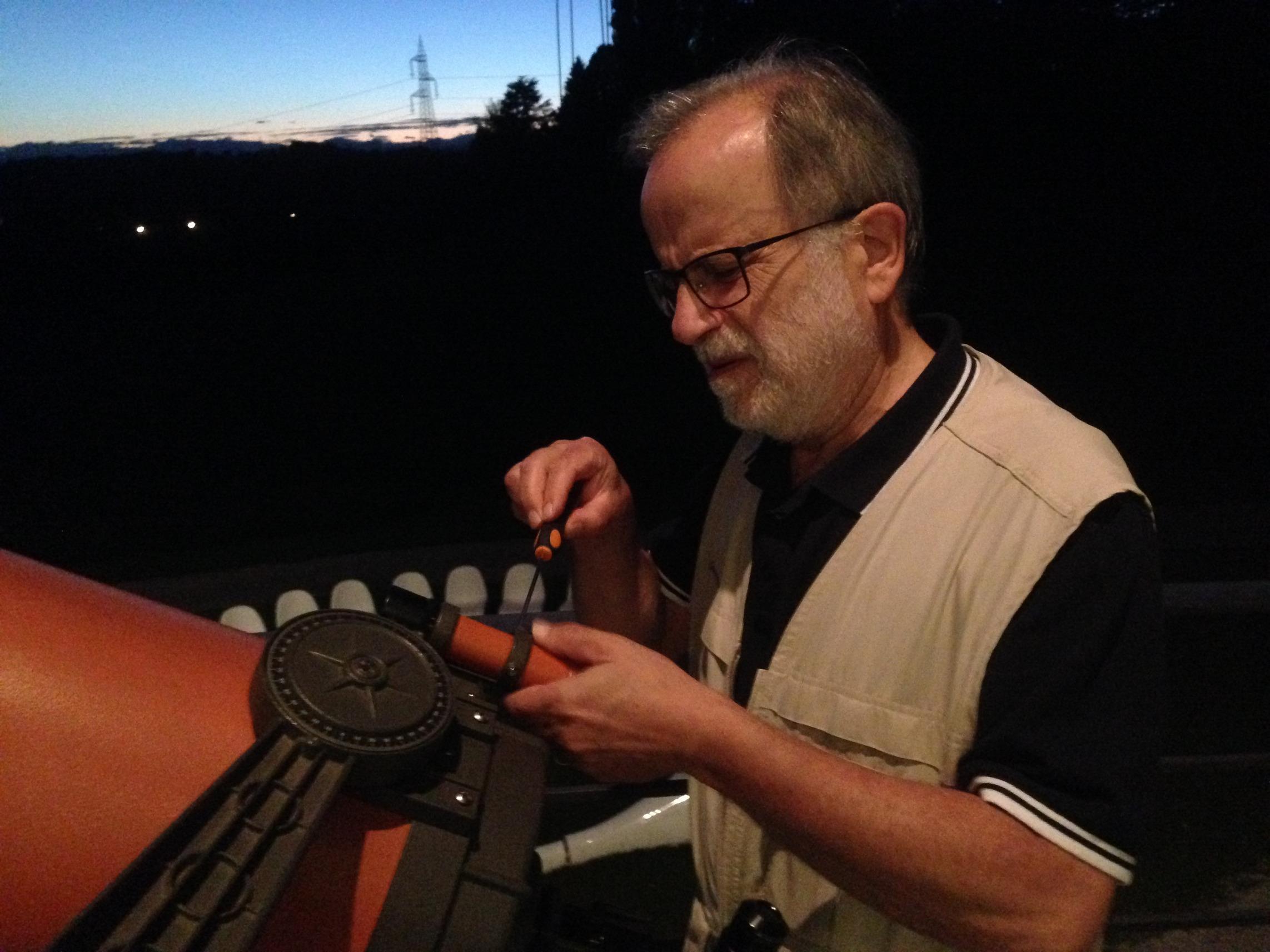 Al telescopio con Elio Antonello (astrofisico, INAF – Osservatorio di Brera)
